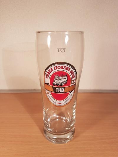 Three Horses Beer - 04851
